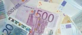 Gemeinschaftsgutachten sieht Konjunkturdämpfer und hohe Stabilitätsrisiken