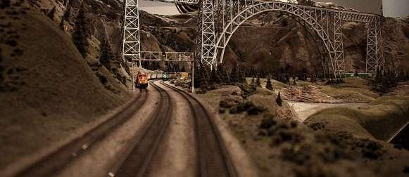 Euro Hawk: Modell-Eisenbahnen wären günstiger gewesen
